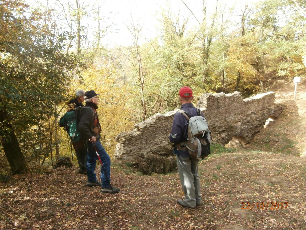restes de l'aqueduc sur le Bozançon